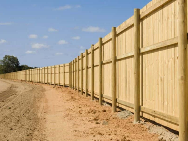 types-of-commercial-fencing-1146x600-min